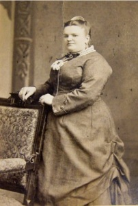 Cabinet Card, late 19th Century from PainterPoetMuse on Etsy, via The Pragmatic Costumer